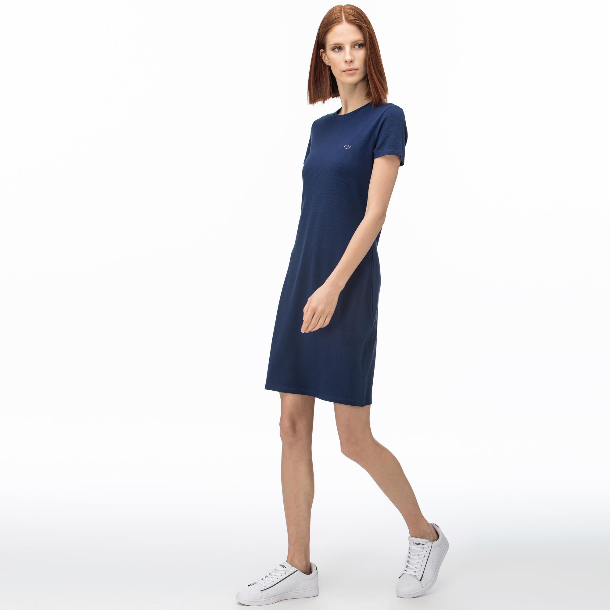 Lacoste сукня жіноча з круглим вирізом